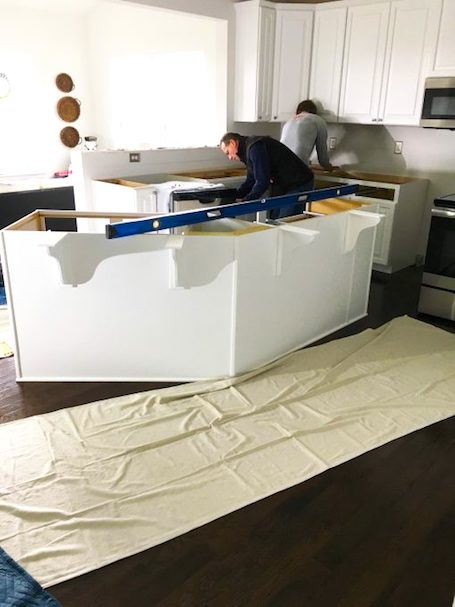 installing quartz countertops in az home